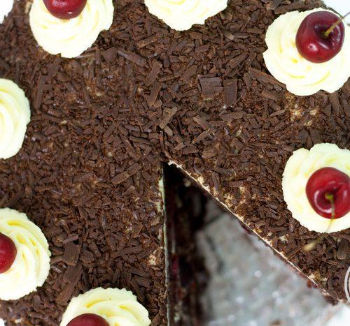 Bolo Floresta Negra Com Cereja Fresca Black Forest Cake