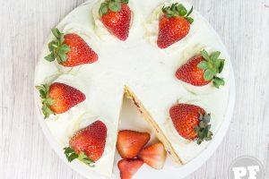 Bolo de Morango e Chantilly: Japanese Strawberry Shortcake