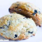 Pão de Minuto: Scones de Blueberry e Chocolate Branco