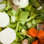 Como se faz: Caldo de Legumes na Panela de Pressão